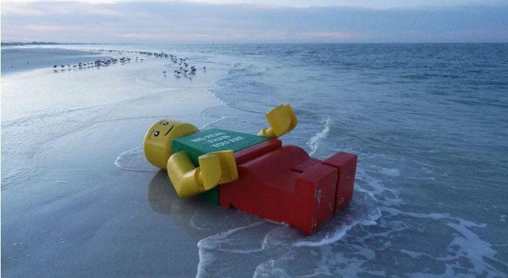 Вы не поверите своим глазам: посмотрите, что находят люди на пляже
