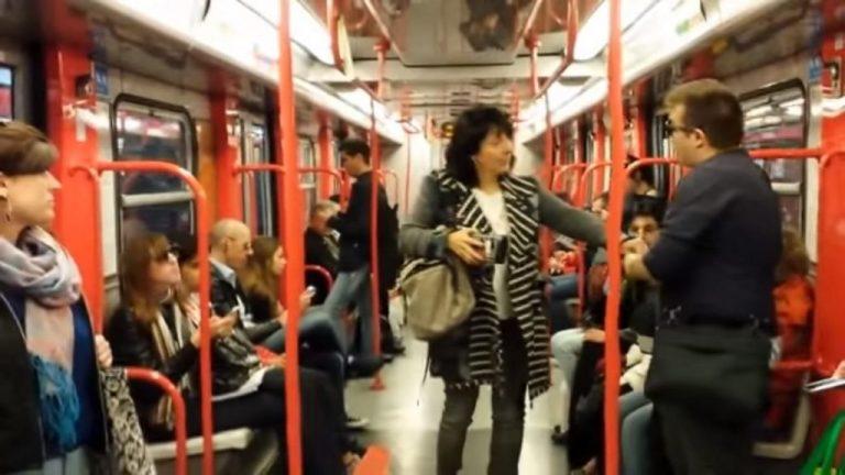 Такого в метро еще не было! Обычная поездка обернулась тем, что каждый пассажир будет помнить очень долго!